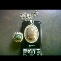 liontin kalung mas + cincin batu akik