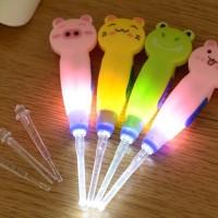 Set Alat Pembersih Kotoran Kuping Telinga Pencahayaan Lampu Senter LED