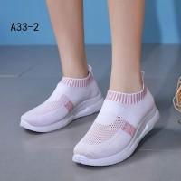 Sepatu Wanita Slip On Karina SDS299 - Abu-abu Muda, 40