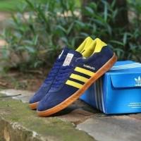 Sepatu Adidas Hamburg Navy Yellow
