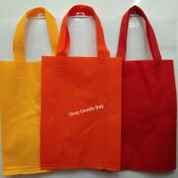 Tas Spunbond / Goodie Bag Handle uk 25x35x8 / Tas Kain Polos