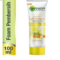 Garnier Light Complete White Speed Brightening Scrub 100 ml