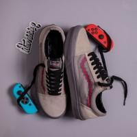 Sepatu NINTENDO x Vans Old Skool Console Grey BNIB Original Premium