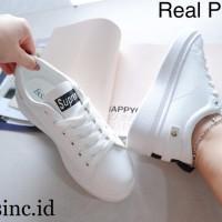 Sepatu Kets Wanita Supreme Import Kualitas Premium