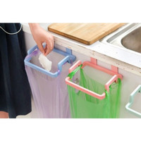 Rak Gantung Tempat Kantong Plastik Sampah
