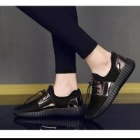 Sepatu Adidas Yeezy Original Fashion