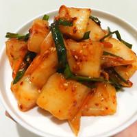 Fresh Korean Kimchi Lobak Kkakdugi per 150g HALAL Authentic