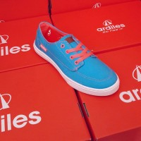 sepatu cewek casual Ardiles Velvet Biru