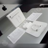 Converter Lightning to Headphone Jack 3.5mm Earpods iPhone 7/8/X Plus