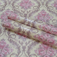 Luxury flower purple on cream 45cm x 10mtr || Wallpaper dinding