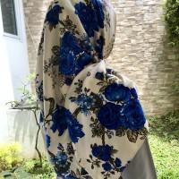 Jilbab Hijab Segi Empat Bahan Maxmara Motif bunga