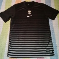 Jersey Retro Juventus Training 13/14 PI