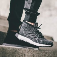 Sneakers Casual / Sport ADIDAS Ultra Boost ATR High (Black Grey Oreo)