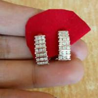 Anting Berlian