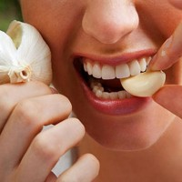Murrmerr01 Healthy Care Propolis Garlic & Olive Leaf Imunitas Sehat