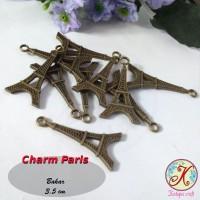 Charm Paris / Menara Eiffel