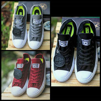 Sepatu Converse CT II