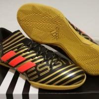 Sepatu Futsal Adidas Nemeziz Messi 17.3 AGILITY BANDAGE Black Gold