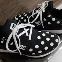 preloved DC woman sneaker