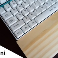 Wood Wrist Rest For Mini Size Mechanical Keyboard - Natural