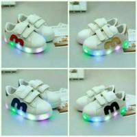 Sepatu Sneakers Anak / Bayi Import Little M murah dengan Lampu LED