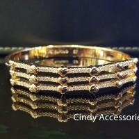 Gelang Bangle Simple Three Lines Diamonds Bracelet - Gold