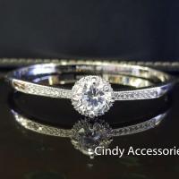 Gelang Bangle Simple Solitaire Diamonds Bracelet - Silver