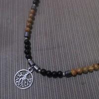 Kalung Batu Alam dengan Liontin Kalpataru