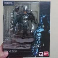 SH Figuarts Batman Injustice