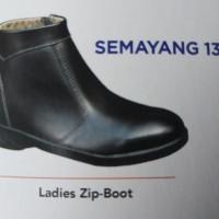 Safety Shoes KENT SEMAYANG
