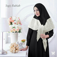 Jilbab Segi tiga rubiah instan hitam putih