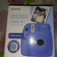 kamera polaroid instax mini 9 original Fujifilm warna biru bonus selfi