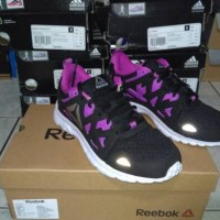 Sepatu Running/Lari Reebok Run Supreme