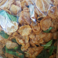 250gram (1/4kg) Keripik Emping melinjo Thailand Pedas Manis Utuh