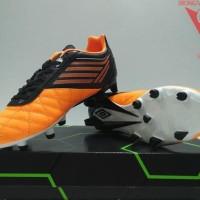 Peralatan Olahraga Terlengkap Sepatu Bola Umbro Medusae Club Hg Jnr