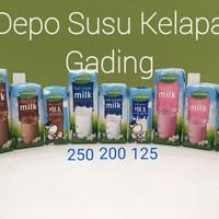 Susu Greenfields UHT 200 ml X 24pcs Coklat/strw/plain Greenfield 200ml