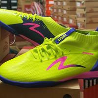 Sepatu Futsal Specs Accelerator Infinity In Solar Slime