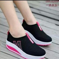 sp62 hitam sepatu slipon jaring kets casual sneakers slip on wanita