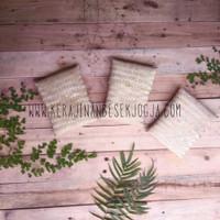 dompet kotak souvenir anyaman kerajinan bambu blicing