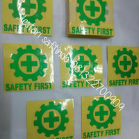 STICKER HELM LOGO SAFETY FIRST