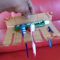 gantungan sikat gigi/ tempat sikat gigi