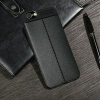 Vivo V9 AutoFocus Carbon Silikon Leather Case Casing
