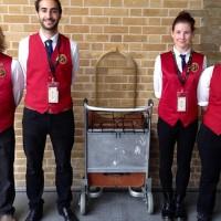 Cosplay Rompi Merah Kostum Harry Potter Platform 9 3/4 Kings Crossing