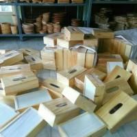 Kotak Tisu Kayu Pinus / Tempat Tisu Kayu Pinus / Bos Tissue