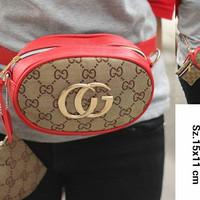 Gucci Multi Bag  Free pouch ada rantai panjang
