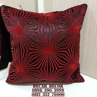 sarung bantal sofa minimalis monochrome (set bantal dan cover)