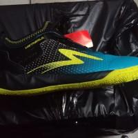Sepatu Futsal Specs Metasala Musketeer Black Coctail Blue Solar Slime