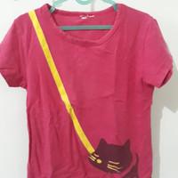 Preloved Kaos Anak Kucing Pink Sekitar 4 tahun