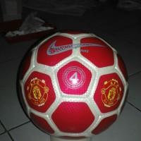 Bola Sepak (No. 4) Pake Foto dan Nama