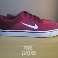 Size 44.5 Sepatu Sneaker Suede Original Nike SB Portmore Warna Merah